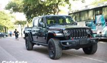 Jeep Gladiator 2020 Limited cập bến Việt Nam giá từ 3,7 tỷ: thú chơi mới của đại gia Việt