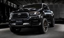 Toyota Hilux lột xác với bản độ Black Bison cực hầm hố
