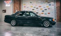 """Mercedes-Benz 300E bản độ """"độc nhất vô nhị"""" dùng động cơ BMW"""