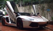Cặp đôi Lamborghini Aventador LP700-4 và SV Roadster bí ẩn nhất đất Hà thành