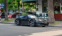 Porsche 911 Carrera S lăn bánh trên đường phố Hà Nội với option đặc biệt, riêng bộ mâm lên tới hơn 232.000.000 VND