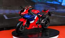 Cận cảnh Honda CBR1000RR-R đầu tiên đặt chân đến Việt Nam giá từ 949 triệu