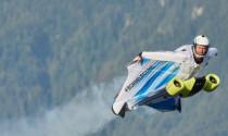 BMW phát triển bộ cánh bay siêu tốc độ