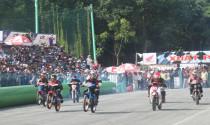 Sôi động cùng giải đua xe Mô tô tranh Cúp Quốc gia năm 2015