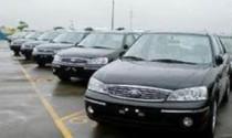 """Bộ Tài Chính """"lệnh"""" dừng mua ôtô mới"""