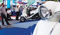"""Đại lý kinh doanh xe máy: Giảm giá """"kịch kim"""" vẫn ế"""