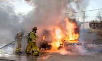 Ôtô ở Mỹ cũng cháy