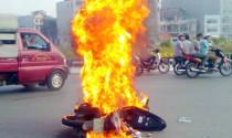Cháy xe nhiều: Chính phủ yêu kiểm tra chất lượng xăng dầu