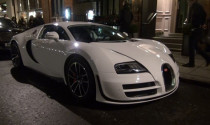 Bugatti Veyron Super Sport trắng muốt dạo phố London