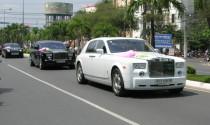 Đoàn siêu xe trong đám cưới hot girl Sài Gòn