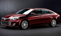 Toyota Avalon Hybrid 2013 chỉ tiêu tốn 5.8 lít /100km