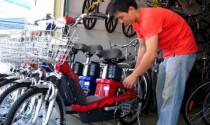"""Bùng nổ nhu cầu xe đạp điện """"thời giá xăng xa xỉ"""""""