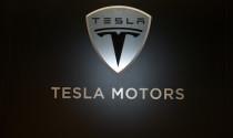 Tesla Motors gây bất ngờ với lợi nhuận khủng trong quý II