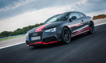 Audi ra mắt phiên bản RS5 chạy dầu đầu tiên