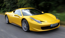 Ferrari xem xét động cơ V6 cho 458 Italia