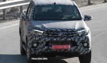 Bắt gặp Toyota Hilux 2015 chạy thử tại châu Âu