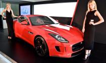 """""""Báo đốm"""" Jaguar F-Type cập bến Malaysia, giá chỉ 5,8 tỷ đồng"""