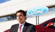 CEO Ford dự đoán xe tự lái lưu thông vào năm 2020