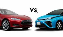 CEO Tesla nghĩ công nghệ xe xanh của Toyota là ngớ ngẩn
