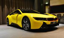 Diện kiến BMW i8 màu lạ tại Trung Đông