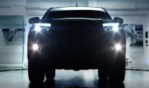 Toyota Hilux 2016 tung teaser hấp dẫn