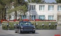 Chiêm ngưỡng phiên bản mui trần của xe siêu sang Trung Quốc