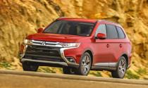 Mitsubishi Outlander 2016 giảm giá 200 USD