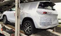 Toyota Fortuner 2016 xuất hiện trên đường vận chuyển, chuẩn bị ra mắt vào tuần tới