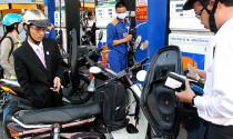 Xăng tiếp tục giảm giá trước Tết Bính Thân 2016