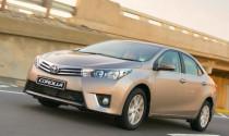 Mua Toyota Vios, Corolla Altis được tặng bảo hiểm vật chất