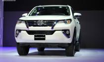 Toyota Fortuner 2017 chính thức ra mắt, giá từ 981 triệu đồng