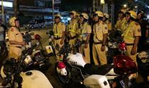 Sau 9h tối, cảnh sát giao thông được phép kiểm tra giấy tờ người tham gia giao thông