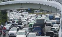 """Cửa ngõ sân bay Tân Sơn Nhất lại """"nghẹt thở"""" vì kẹt xe"""