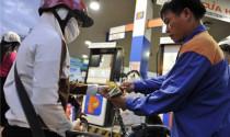 Xăng RON 92 bất ngờ giảm 112 đồng/lít