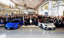Lamborghini kỷ niệm Aventador cán mốc 7.000 xe và Huracan 9.000 xe