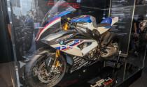 Siêu xe đua BMW HP4 Race 215 mã lực đến Malaysia