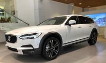 Mẫu Volvo V90 Cross Country 2018 đầu tiên đặt lốp tới Việt Nam