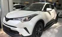 """Toyota C-HR đầu tiên """"đặt lốp"""" tại Sài thành với giá bán gần 1,8 tỷ đồng"""