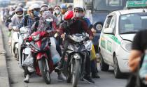 Tâm thư người đi xe máy gửi tài xế ôtô