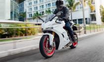 Ducati SuperSport S màu trắng xuất hiện tại Ấn Độ, rẻ hơn ở Việt Nam trăm triệu đồng