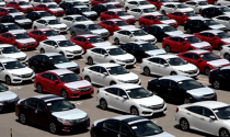 Cảnh \'nội khó xuất, ngoại khó nhập\' của thị trường ôtô