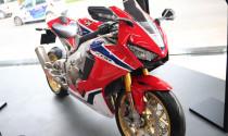 Chiêm ngưỡng Honda CBR1000RR FireBlade SP 2018 giá 678 triệu đồng tại Việt Nam