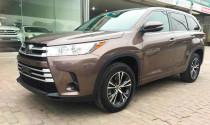 'Soi' chi tiết Toyota Highlander 2018 có giá 2,7 tỷ đồng tại Việt Nam
