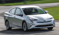 Triệu hồi gần 1 triệu xe Toyota Prius vì nguy cơ cháy nổ