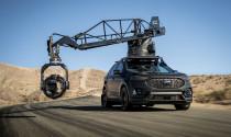Ngạc nhiên với chiếc xe hỗ trợ quay phim tốc độ cao của Hollywood