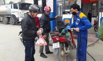 Mỗi lít xăng giảm hơn 1.000 đồng, xăng RON 95 về mức 21.065 đồng/lít