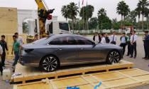 """Lộ diện hình ảnh mẫu sedan VinFast """"bằng xương bằng thịt"""" về Việt Nam"""