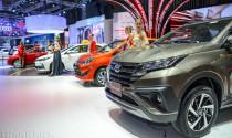 Sức mua sụt giảm, ô tô chạy đua hạ giá bán
