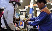 Giá xăng tăng gần 1.400 đồng/lít từ 17h chiều nay