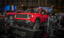 Jeep 2019 ra mắt phiên bản Renegade hybrid